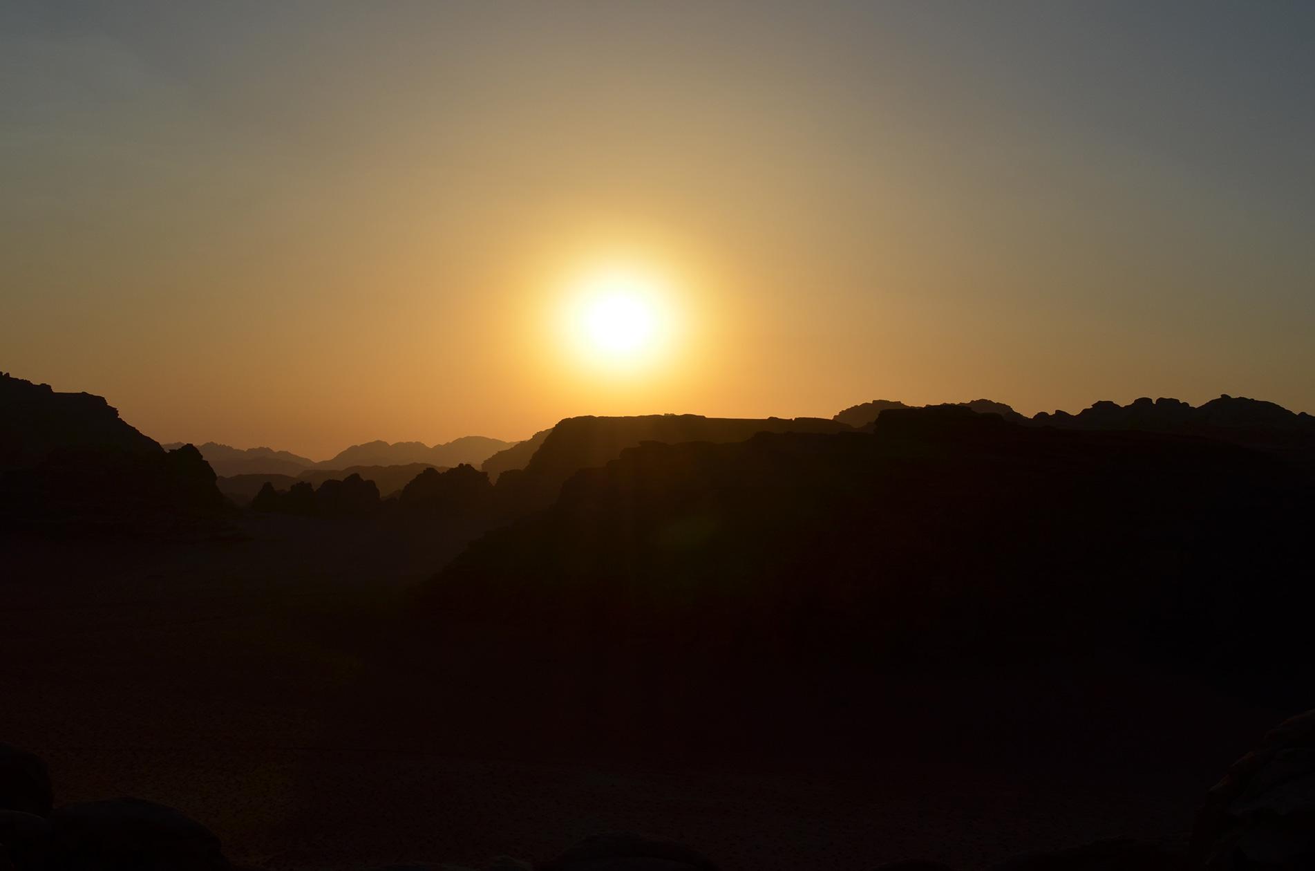 Couché de soleil sur le Wadi Rum